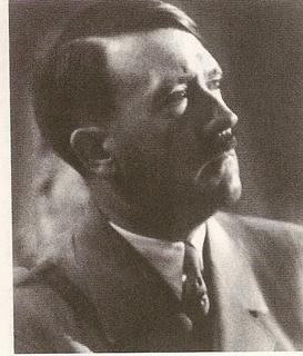 アドルフ・ヒトラー3.jpg