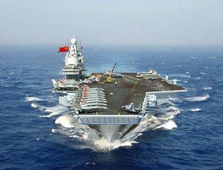 中国初の空母「ワリャーグ」.jpg